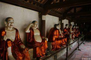 MS706 - Phân tích nghệ thuật miêu tả các pho tượng trong bài thơ Các vị La Hán chùa Tây Phương